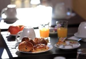 petit-dejeuner-hotel-h33-nice